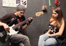 Никита Школа Бас Гитары — урок10 (полифония, выбор первого инструмента)