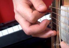 Обучение игре на гитаре. Урок 3 — Постановка правой руки