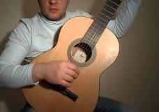 Простой испанский бой на гитаре.Очень лёкгий.Урок