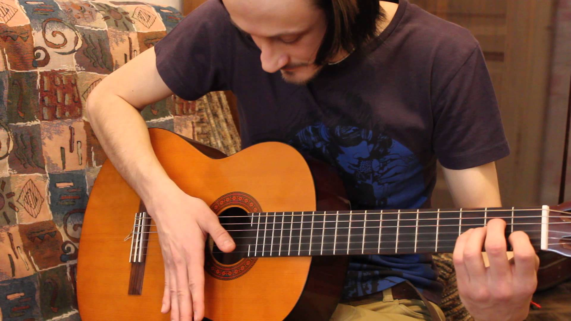 Уроки гитары популярный бой 'четверка' на примере песни группы Кино 'Звезда по имени Солнце'