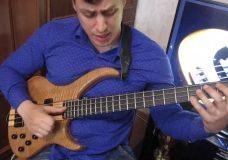 Уроки игры на бас гитаре. 'Slap' Урок 1 (Основы звукоизвлечения)