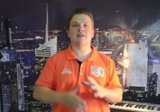 Видео уроки вокала для начинающих Техника дыхания Урок вокала от В.Кашеварова
