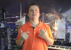 Видео уроки вокала Как правильно работать челистью Урок вокала от В.Кашеварова
