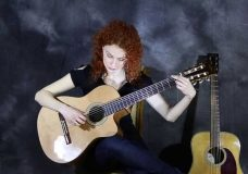 Классика или акустика — какую гитару выбрать