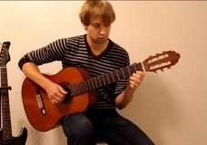 Красивая и простая песня на гитаре, The Beatles-And I Love Her (song, cover)