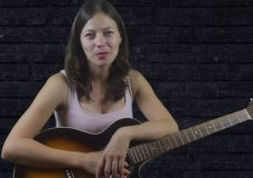 Розы Темно-Алые — Лоя (На гитаре урок)