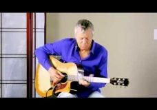 Урок гитары от Tommy Emmanuel — Moon River