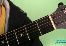 Валентин Стрыкало — Улица Сталеваров (Аккорды, урок на гитаре)