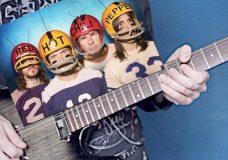 Как играть рифф RHCP — Can't Stop на гитаре