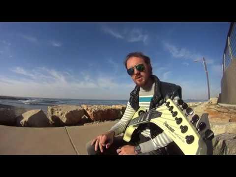 Уроки игры на гитаре глушение лишних струн правой рукой