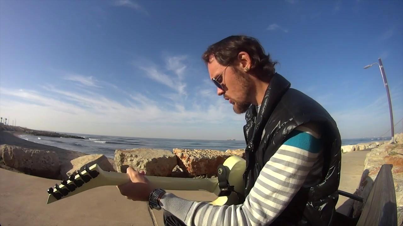 Уроки игры на гитаре положение большого пальца на грифе