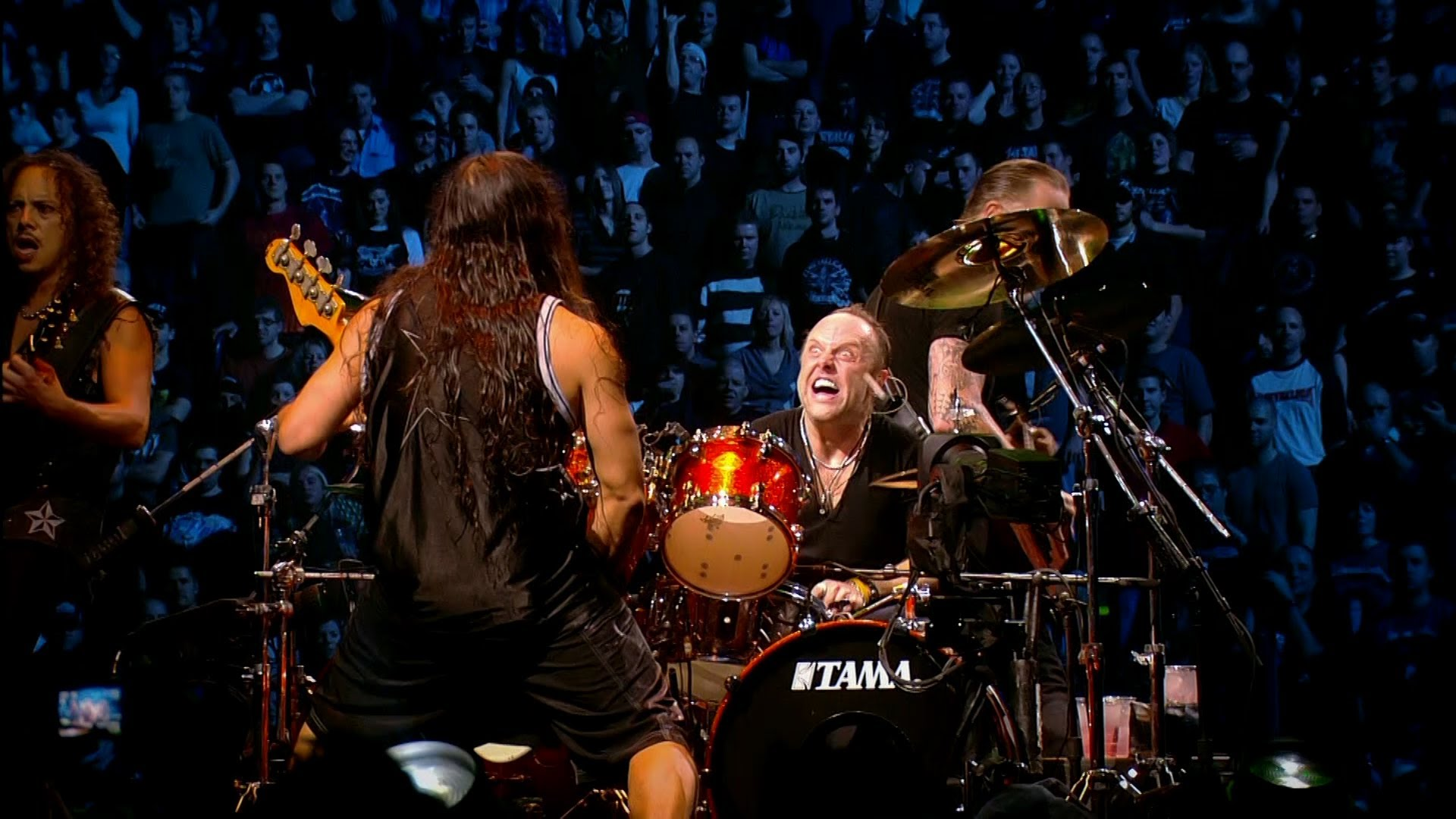Metallica - Master of Puppets (Live) Quebec Magnetic