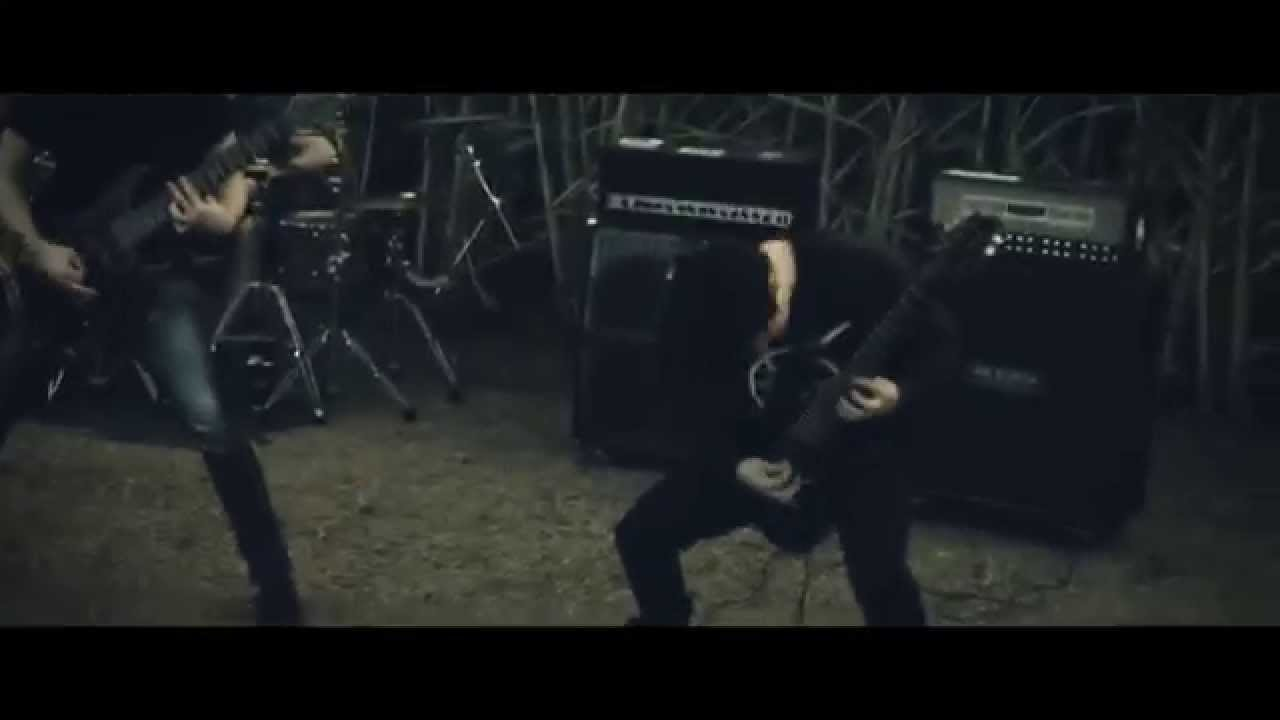 AVERSIONS CROWN - Hollow Planet (OFFICIAL MUSIC VIDEO)
