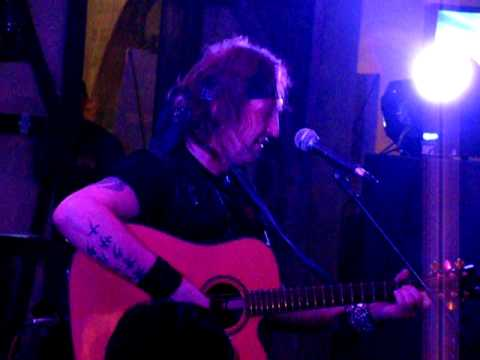 Артур Беркут - Свет былой любви (Live in Lugansk 15.12.11)