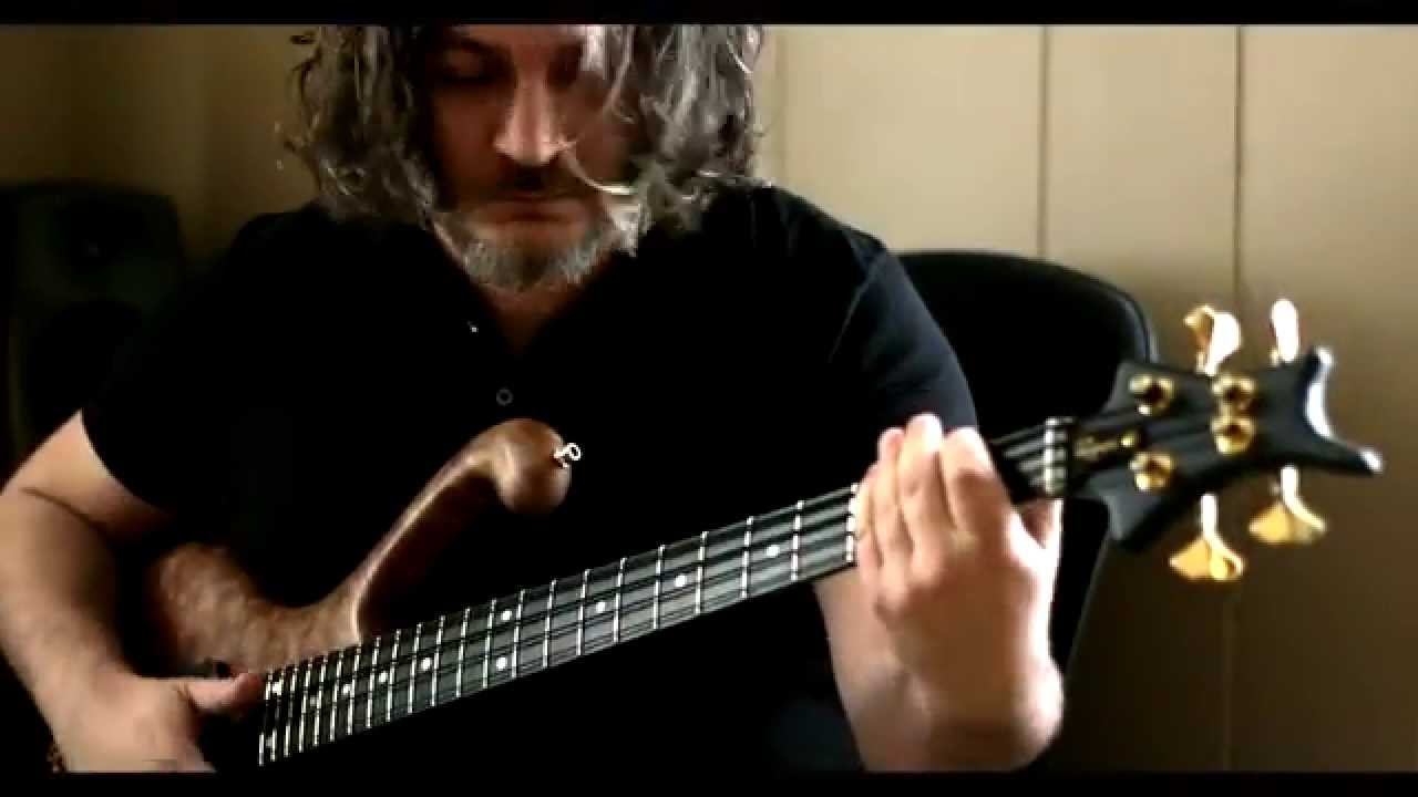 ARAM BEDROSIAN - SLAP BASS GROOVE BassTheWorld.com
