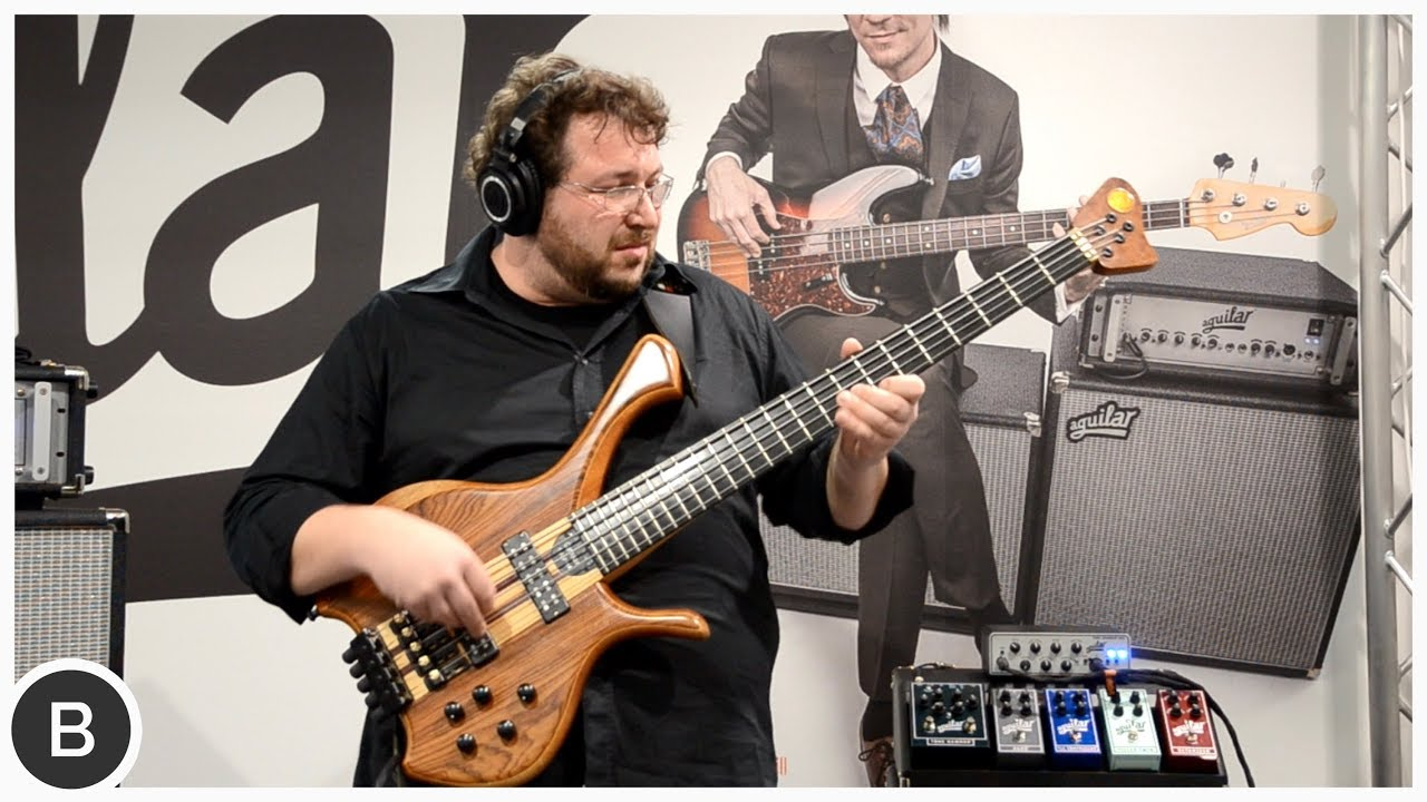 FEDERICO MALAMAN - AWESOME LOOP BASS SOLO