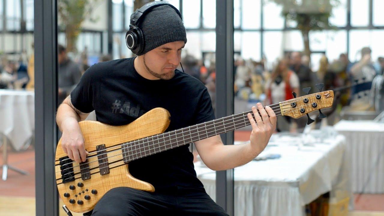 NEUBAUER GUITARS SNOW OWL BASS BassTheWorld.com