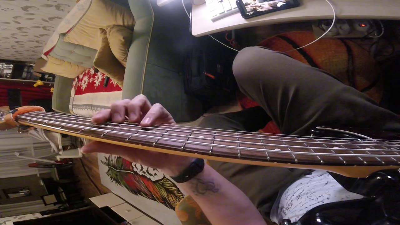 Пентатоника на бас гитаре в 5 позициях
