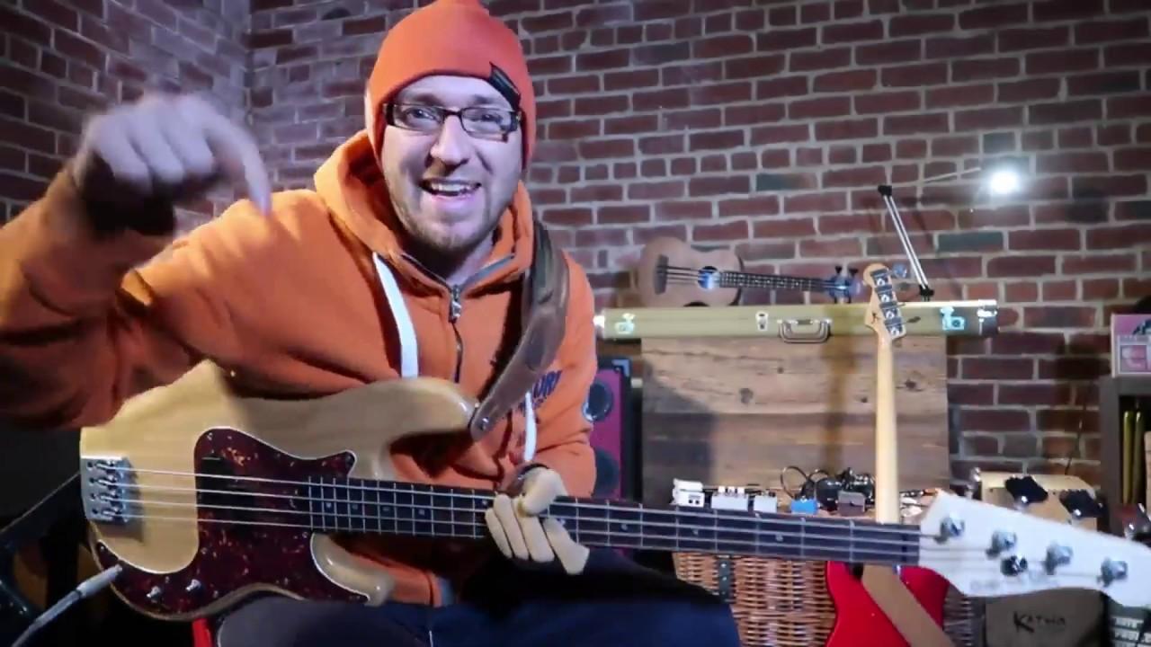 Топ 10 басовых риффов всех времен (бас гитара урок)