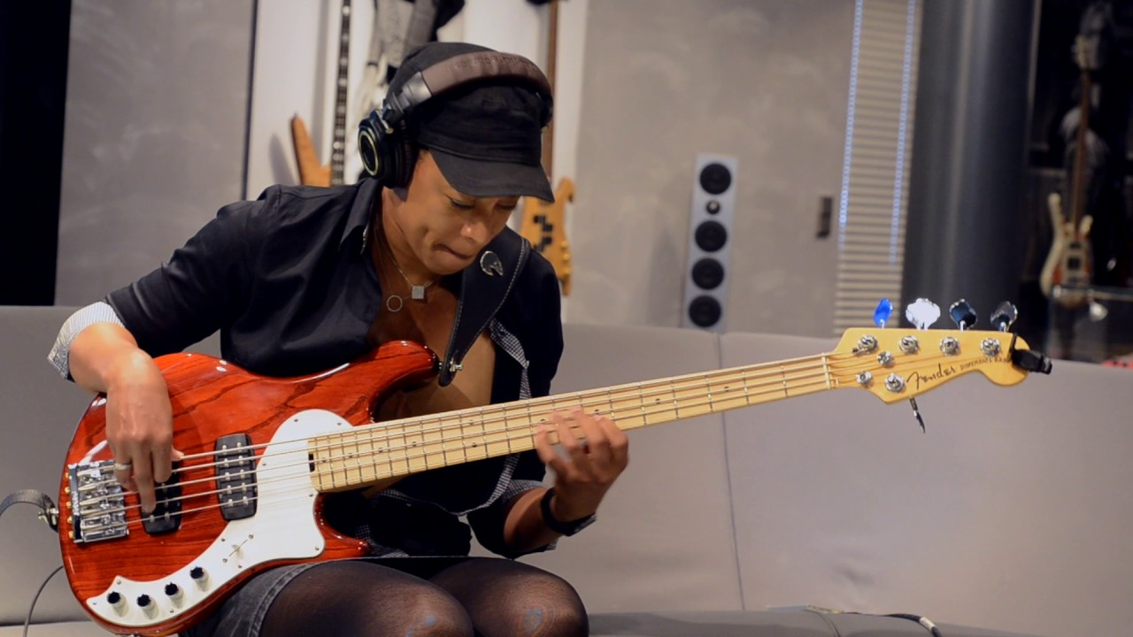 Yolanda Charles - Improvised Bass Solo